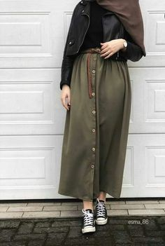 trendy Ideas for style hijab casual muslim syari – Hijab Fashion 2020 Modern Hijab Fashion, Hijab Fashion Inspiration, Muslim Fashion, Mode Inspiration, Modest Fashion, Skirt Fashion, Fashion Outfits, Abaya Fashion, Casual Hijab Outfit