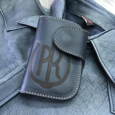 Pailot River  Oil Leather Navy . PR Branding Limited.  Small Wallet by PR  Smart and Compact.