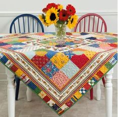 Moda All-Stars - Lucky Charm Quilts - 17 Delightful Patterns for Precut SquaresCode: ISBN: 9781604688467 Author: Lissa Alexander Join the Moda All-Stars as they use charm squares to make scrappy quilts with style. Make the most out of them with quilt Table Runner And Placemats, Table Runner Pattern, Quilted Table Runners, All Star, Scrappy Quilts, Mini Quilts, Charm Quilt, Makeup Tricks, Mug Rugs