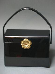 Wilardy Black Lucite Handbag 1950s. $244.00, via Etsy. Vintage Purses, Vintage Bags, Vintage Handbags, Retro Vintage, Vintage Outfits, Vintage Fashion, Vintage Accessories, Bag Accessories, Vintage Magazines