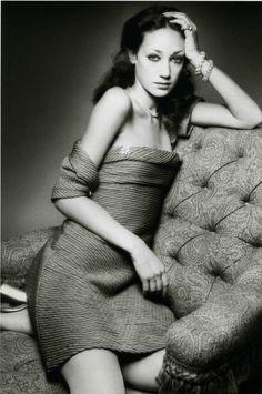 Marisa Berenson,1972 http://leclownlyrique.files.wordpress.com/2012/04/sieff-1972-marisa-berenson-fb.jpg