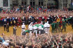 """Spécial """"Doudou"""" ... énormément d'intensité durant le combat. Saint Georges, Belgium, Dolores Park, Wrestling, Culture, Travel, Brussels, Death, Lucha Libre"""