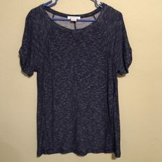 Liz Claiborne Blue Top Liz Claiborne Blue Top Gathered at arm. Size Large Liz Claiborne Tops Tees - Short Sleeve