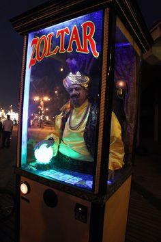 Rolling Zoltar costume based on aSegway