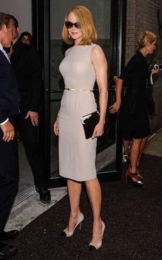 NICOLE KIDMAN  Como salida de una página de revista de moda lució la actriz a su llegada al desfile de Calvin Klein durante la Semana de la ...