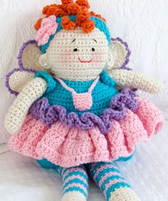 Tooth Fairy Doll  http://www.redheart.com/free-patterns/tooth-fairy-doll?utm_source=PPemail_medium=email_campaign=Craft