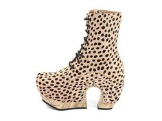 Rainbow Boot (Cheetah Print)  these look like they'd be hard to walk in but..... damn!
