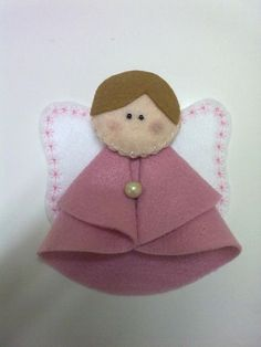 Anjinho feito em feltro. Uma boa opção para de lembrancinha de maternidade ou batizado. Pode ser feito na cor que voce quizer. R$4,50