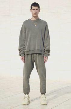 YEEZY season 6 Wearing Black Quotes, Yeezy Collection, Yeezy Season 6, Clothing Brand Logos, Yeezy Fashion, Yeezy Outfit, Yeezy By Kanye West, Unisex Fashion, Men's Fashion