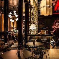 Barbara Ann Dinners, cocktails y rock and roll Bar Madrid, Rock Bar, Madrid Restaurants, Visit Madrid, Barbara Ann, Santa Teresa, Cafe Restaurant, Rock And Roll, Cocktails