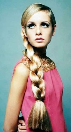 Twiggy was such a style icon in the 60s. I copied Twiggy's eye makeup as did my friends and we loved the  pale lips!