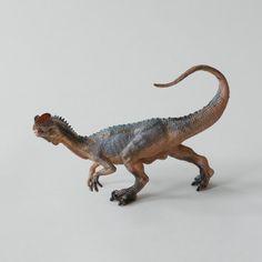 Dilophosaurus www.easternbiological.co.uk