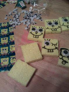 Spongebob b-day party treats Spongebob Birthday Party, 4th Birthday Parties, Baby Birthday, Spongebob Crafts, Easy Art For Kids, Party Treats, Party Favors, Diy Party Decorations, Craft Party