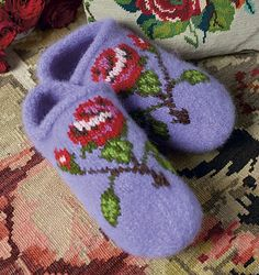 Ravelry: Rose Slippers pattern by Arne & Carlos