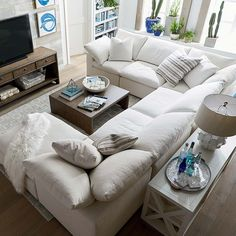 Small U-Shaped Sectional