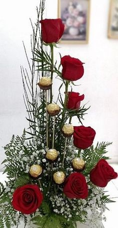 Awesome Ideas Valentine Flowers to Add Sparkle Flower Box Gift, Flower Boxes, Gift Flowers, Unique Flowers, Beautiful Flowers, Valentine's Day Flower Arrangements, Valentines Flowers, Deco Floral, Flower Decorations