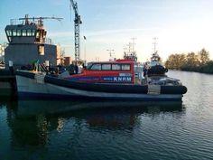 Nieuwe reddingboot te water