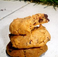 High Protein Cookies, can be made as protein bars instead, NO ADDED SUGAR, just chickpeas, peanuts, vanilla etc