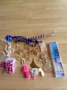 WTW 12/17 lot's of B'sue components on my table again this week .. I probably will add a few more .. Jann Tague .. Clever Designs .. https://www.facebook.com/JewelsByJann