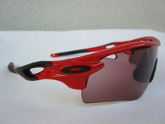 OAKLEY RADARLOCK SUNGLASSES Cycling MOUNTAIN BIKE Red Black PHOTOCHROMIC LENSES