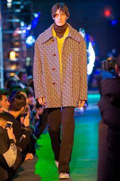 Raf Simons Mens - Paris  #2015 #2016, #automne #hiver, #RafSimons #collection, #hommes, #Mens, #menswear, #Mode, #Fashion #parisfashionweek #fall #winter #Style