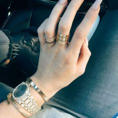"""- Cartier nail bracelet, as made famous by the Kardashians and Kylie Jenner. - Comes with red engraved bag and cleaning cloth. - gold plated, will not turn. - Has """"Cartier"""" engraved, as shown. Kylie Jenner Ringe, Kylie Jenner Schmuck, Kylie Jenner Cartier, Kylie Jenner Watch, Kylie Jenner Jewelry, Kylie Jenner Nails, Kylie Jenner Bracelets, Bracelet Cartier, Cartier Love Ring"""