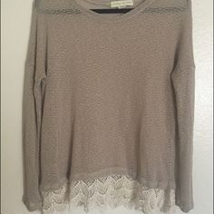 Thin tan sweater long sleeve with lace trim Good condition shows some wear but no holes or major snags size medium true to size long sleeve with crochet lace trim perfect for winter and fall! I believe this is from urban outfitters. Smoke free home Urban Outfitters Tops