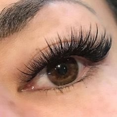 53 The Best Eyelashes Ideas That Can You Copy Right Now - Eye make up - Eyelash extensions Eyelashes How To Apply, Longer Eyelashes, Natural Fake Eyelashes, Permanent Eyelashes, Eyelash Extensions Styles, Volume Lash Extensions, Single Eyelash Extensions, Permanent Eyelash Extensions, Makeup Ideas