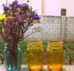 You can color Mason Jars, super easy!