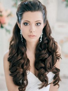 wedding hairstyles front view Bridal Hair Front View Hair In 2019 Wedding Hair Down Wavy Half Updo Hairstyles, Wedding Hairstyles Half Up Half Down, Easy Hairstyles For Medium Hair, Wedding Hairstyles For Long Hair, Elegant Hairstyles, Vintage Hairstyles, Bridal Hairstyles, Hairstyle Short, Graduation Hairstyles