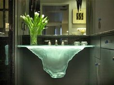 Bancada / lavatório em vidro moldado