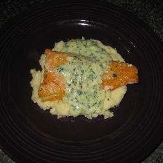 Smoked cod with creamy parsley sauce on garlic mash