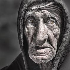 El hombre de la Quebrada de las Conchas. Salta, Argentina.    Striking portrait!!!!!!!