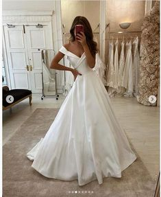Modest Wedding Dresses Simple Wedding Dresses Off the Shoulder Boho Wedding Dress.Modest Wedding Dresses Simple Wedding Dresses Off the Shoulder Boho Wedding Dress Plus Size Wedding Outfits, Wedding Dress Trends, Wedding Dresses Plus Size, Modest Wedding Dresses, Boho Wedding Dress, Wedding Gowns, Mermaid Wedding, Pictures Of Wedding Dresses, Unique Colored Wedding Dresses