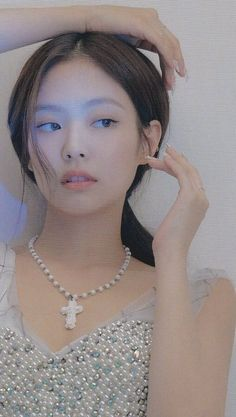 jennie pics on in 2020 Blackpink Jennie, Kpop Girl Groups, Kpop Girls, Korean Girl, Asian Girl, Foto Portrait, Black Pink Kpop, Blackpink Photos, Blackpink Fashion
