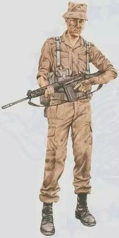 South Africa trooper, FN FAL assault rifle, pin by Paolo Marzioli Military Gear, Military Police, Military History, Military Uniforms, Fal Rifle, Fn Five Seven, Army Day, Defence Force, United States Army