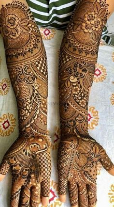 300+ Easy Henna Designs For Beginners On Hands (2020) Simple Mehandi Art For Kids Rajasthani Mehndi Designs, Indian Henna Designs, Full Mehndi Designs, Beginner Henna Designs, Latest Bridal Mehndi Designs, Stylish Mehndi Designs, Mehndi Design Pictures, Mehndi Designs For Girls, Wedding Mehndi Designs