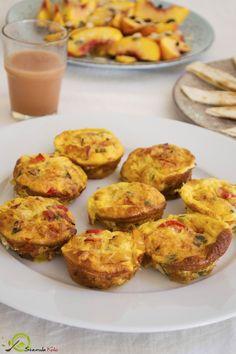 μαφινς ομελετας Healthy Treats, Baked Potato, Cauliflower, Muffins, Potatoes, Baking, Vegetables, Breakfast, Ethnic Recipes