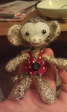 Crochet monkey in a waistcoat!