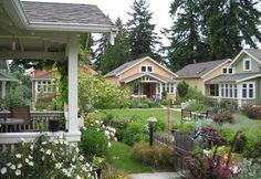 building a small house community - Bing images Co Housing Community, Tiny House Community, Custom Home Builders, Custom Homes, Oasis, Siding Colors For Houses, Pocket Neighborhood, The Neighbourhood, House Siding