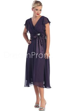 Affordable Mother of the Bride Dresses (Selection,FastShip,Price) Mother of the Groom Dress on Discount Sale Mother Of Groom Dresses, Bride Groom Dress, Groom Outfit, Mothers Dresses, Mother Of The Bride, Mob Dresses, Tea Length Dresses, Bridesmaid Dresses, Bride Dresses