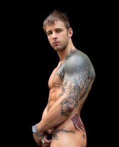 WOW !!! Brilliant Tattoo and guy #handsome #guy #gay #tattoo