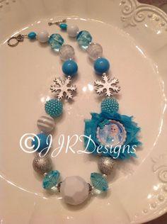 Frozen Inspired Girl Necklace Elsa Bubble Gum by JJRDesigns, Little Girl Jewelry, Baby Jewelry, Kids Jewelry, Beaded Jewelry, Beaded Necklace, Jewelry Making, Chunky Bead Necklaces, Chunky Beads, Frozen Jewelry