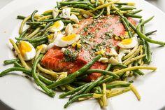 Summer Dinner: wild salmon, haricot verts, new potatoes and herbs