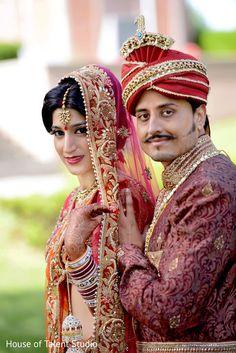 All Tech News Updates Bollywood Lyrics Royal Indian Wedding, Indian Wedding Poses, Indian Wedding Couple Photography, Wedding Couple Poses, Pre Wedding Photoshoot, Bridal Photography, Couple Posing, Wedding Pics, Wedding Couples