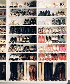 dope organizing tips! bookshelves for shoes, shower rings for purses, etc.