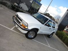 2002 CHEVROLET BLAZER LT,RHD,ONLY 76,000KM,PRICE TO SELL $12,900.00