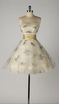 vintage 1950s dress . ivory strapless . by millstreetvintage