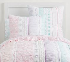 Find kids bedding sets for boys and girls at Pottery Barn Kids. Shop your kids favorite prints and characters in bedding sets that they will love. Aqua Bedding, Quilt Bedding, Linen Bedding, Bed Linens, Linen Bedroom, Chic Bedding, Boho Bedding, Twin Quilt, Bedroom Furniture