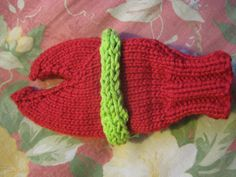 Cooked Lobster Mittens